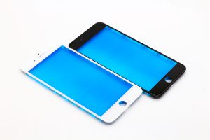Стекла iPhone 7 plus для переклейки